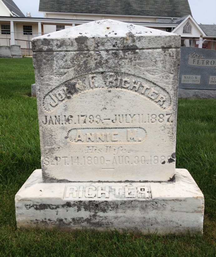 Richter's parents grave