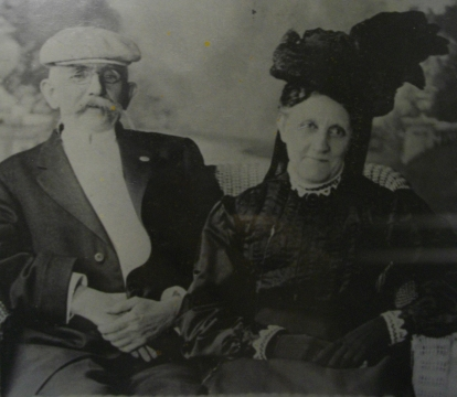 John Surratt and his wife, Mary Victorine Hunter, in their later years.