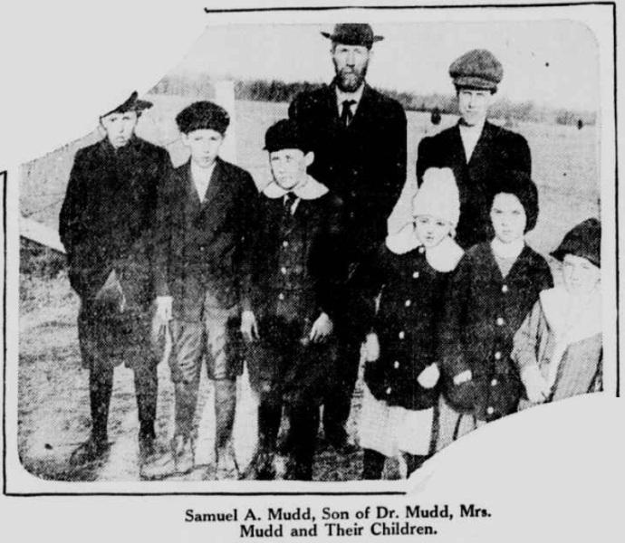 Sam Mudd, Jr. and family 1915