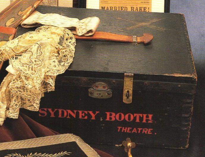 Sydney Booth box