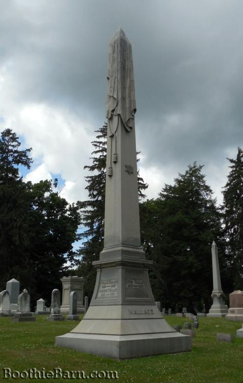 Lew Wallace Grave 1