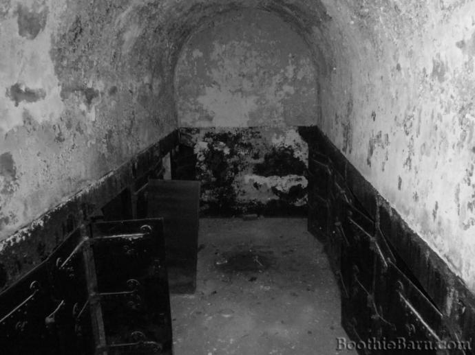 Public Vault Glenwood Cemetery Interior