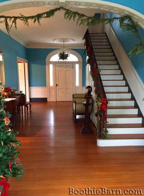 Belle Grove Hallway