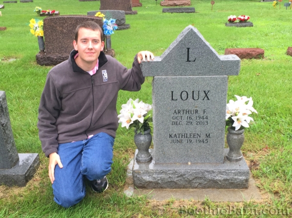 dave-at-art-louxs-grave-7-8-2015