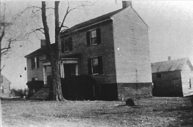 The home of Virginia Clarke outside of Bowling Green, Virginia.
