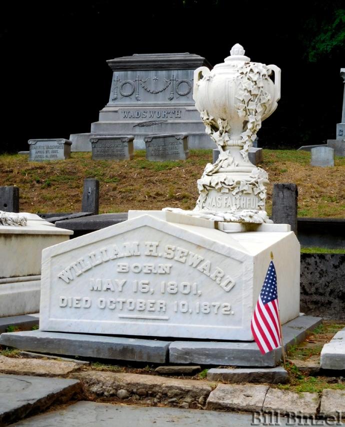 william-sewards-grave-bill-binzel